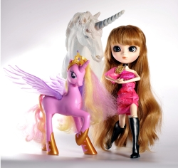 Big Data, Public Participation, Sustainable Innovation and the Pullip Doll